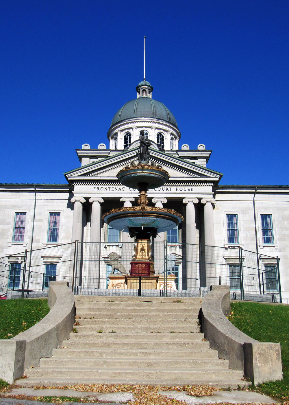 Frontenac Country Court House in Kingston
