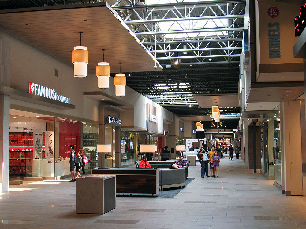 Winnipeg Fashion Outlet Mall