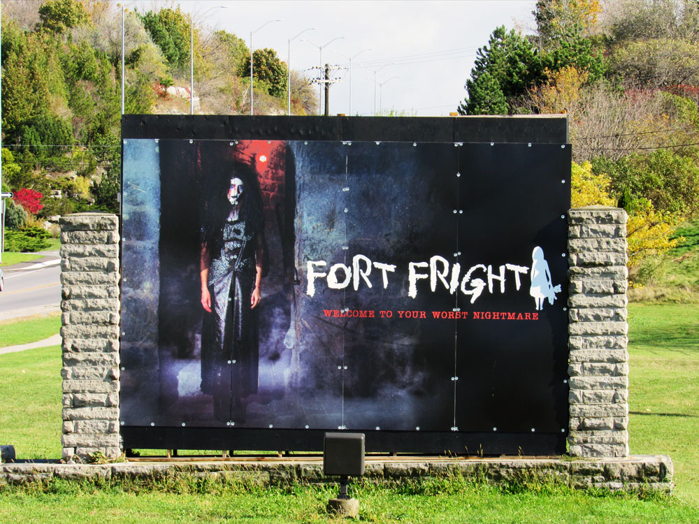 Sign Outside Fort Fright