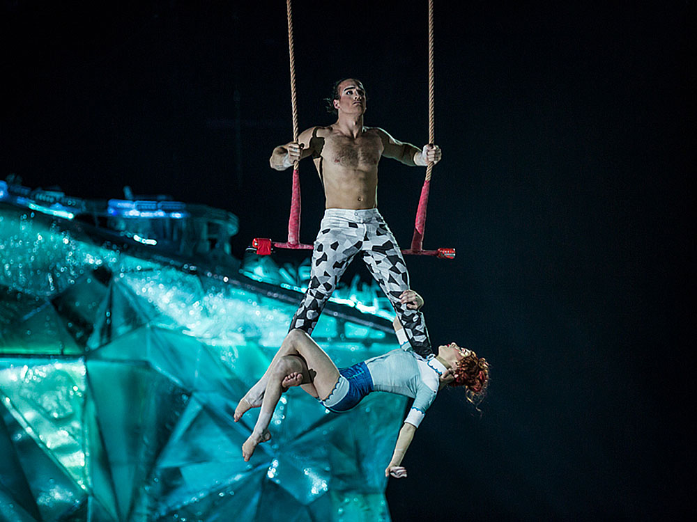 Balance in Patches in Cirque du Soleil's Crystal